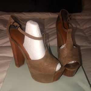 Jessica Simpson Danny Platform T strap Heels